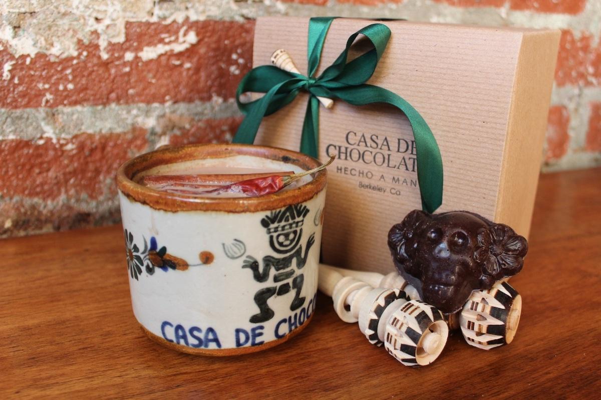 Casa de Chocolates mug set