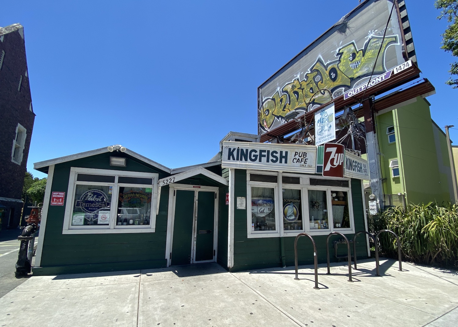 The Kingfish offers to-go alcohol, as well as limited outdoor seating on its back patio. Photo: Sarah Han